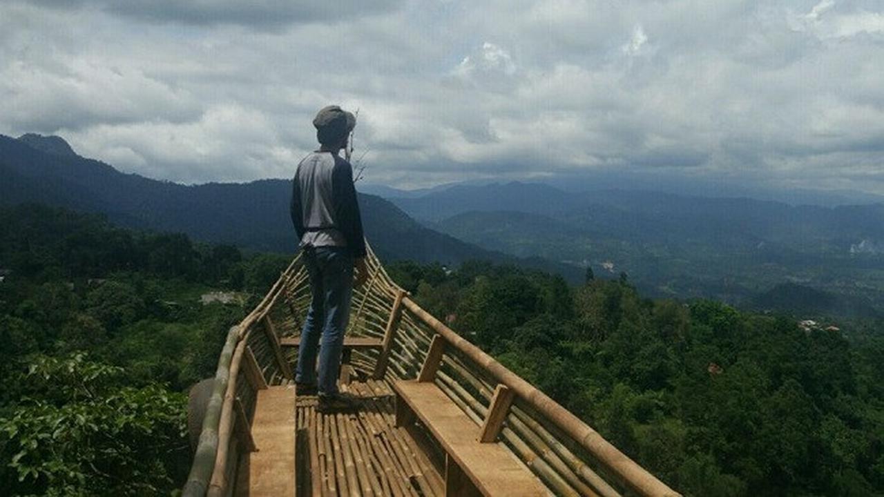 Keindadan Bukit Ranggon Hils Bogor