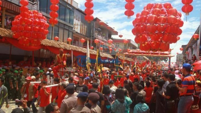 Perayaan Imlek di 6 Kota Indonesia - Singkawang